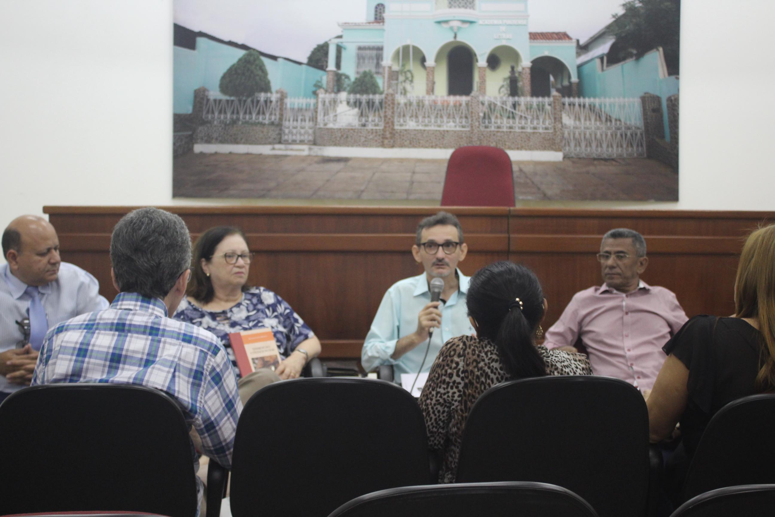 APL promove 3ª. edição do Círculo de Leituras do Autor Piauiense