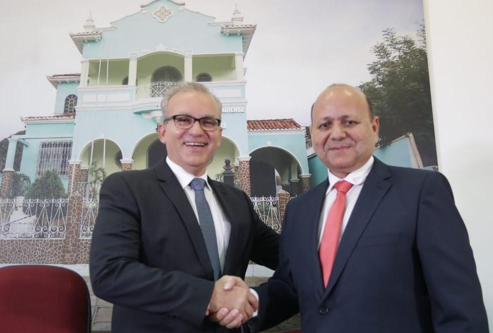 Prefeito Firmino Filho e Zózimo Tavares, na APL, em 24 de janeiro de 2020
